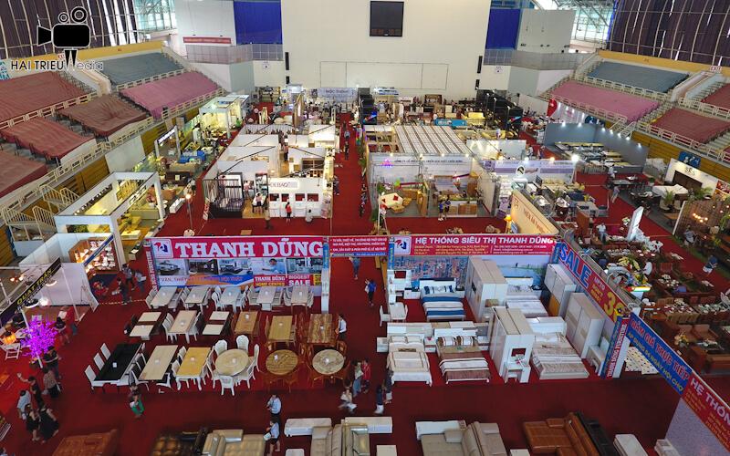 Quay phim chụp hình flycam sự kiện - Hội chợ triển lãm đồ gỗ