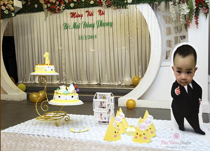 Chụp hình tiệc thôi nôi cho bé Mai Đông Phong tại tphcm